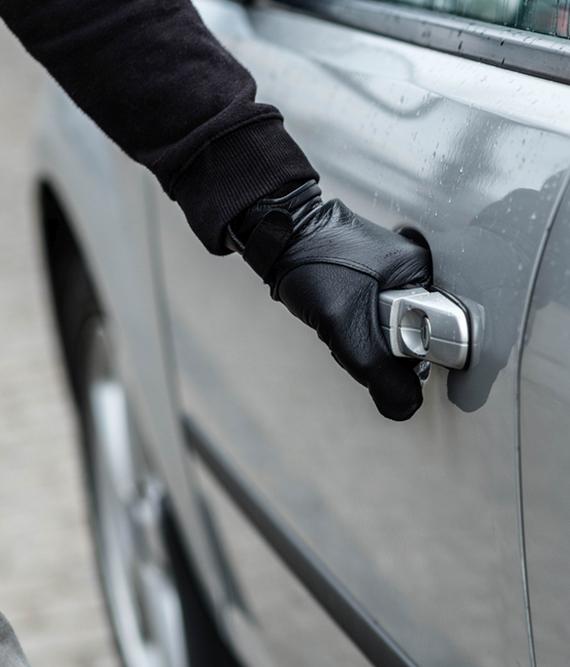 Carport oder Garage - Auto Diebstahl